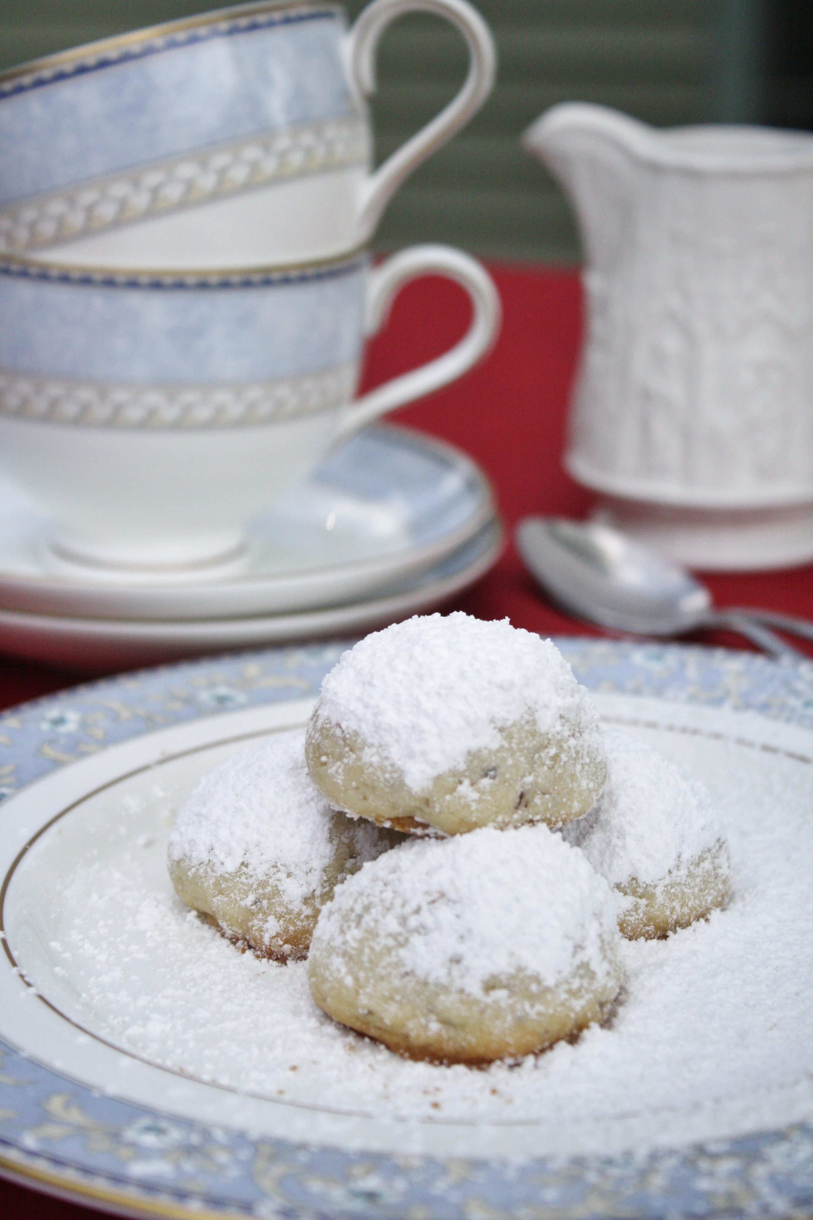 Russian Tea Cakes - Christmas Cookies from Around the World - Cooking ...